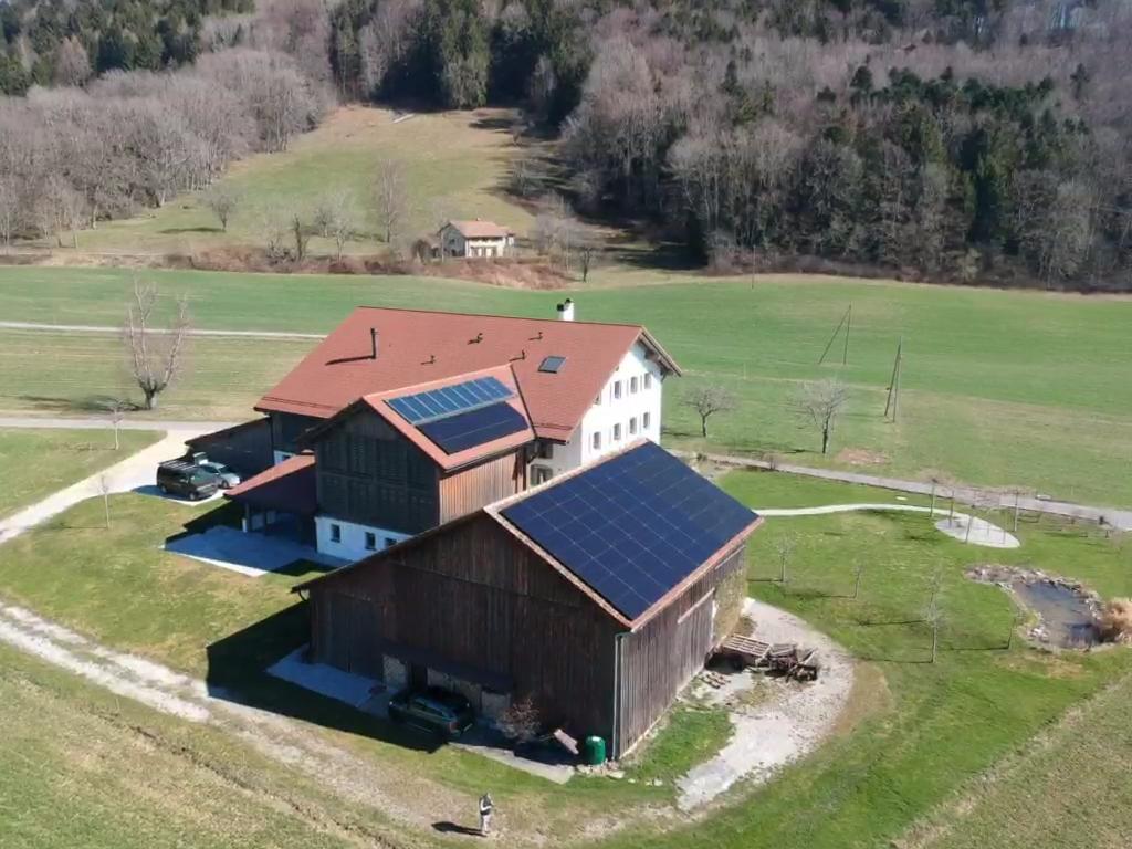 Ferme photovoltaïque - Grandvaux
